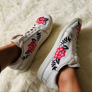 Kate Spade Flower Embroidered Sneakers
